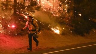 Πύρινη κόλαση η Καλιφόρνια: Σε πάρτι αποδίδουν μεγάλη εστία φωτιάς οι Αρχές