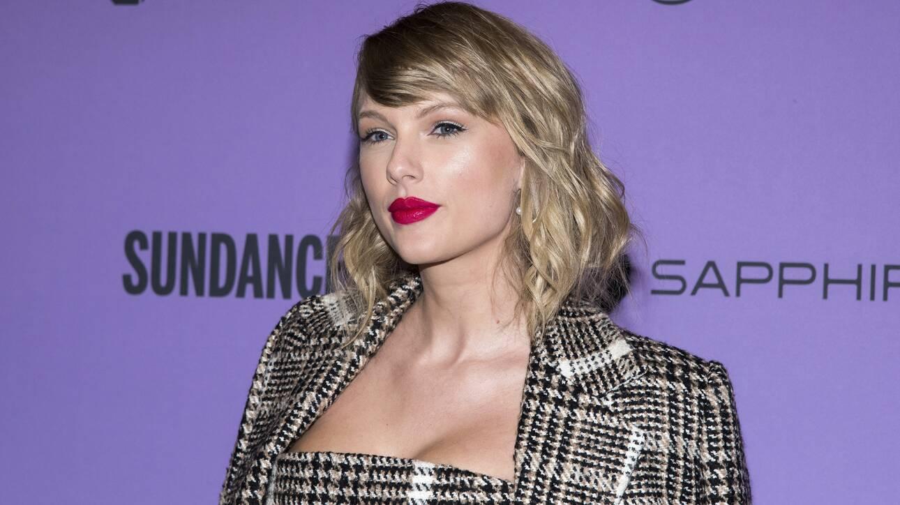 Τέιλορ Σουίφτ: Στα δικαστήρια για το «Shake It Off» - Την κατηγορούν ότι «έκλεψε» το τραγούδι