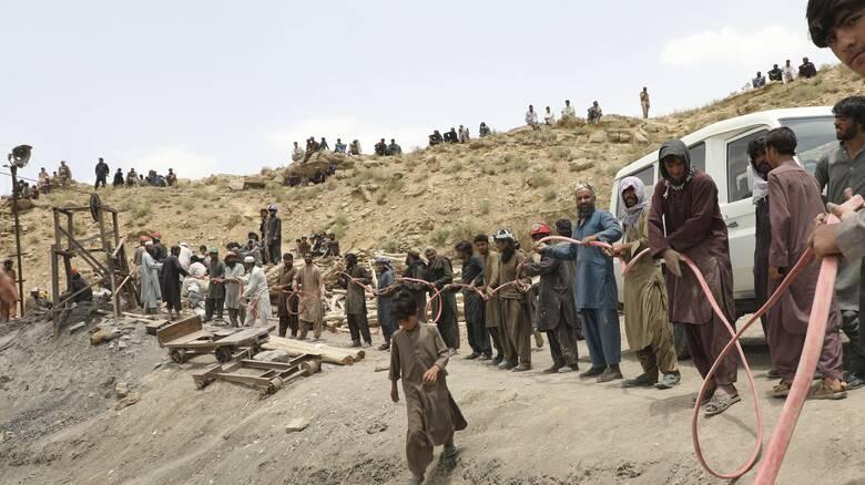 Πακιστάν: Δεκάδες νεκροί και αγνοούμενοι μετά από κατάρρευση λατομείου