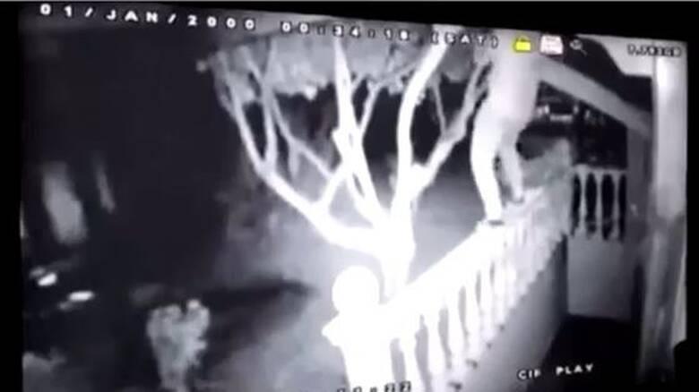 Βίντεο - ντοκουμέντο με τους ληστές που εισέβαλαν σε δύο σπίτια στην Ανάβυσσο