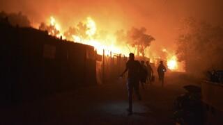 Στις φλόγες η Μόρια: Μεγάλη η καταστροφή στον καταυλισμό