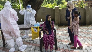 Κορωνοϊός: Στη δεύτερη θέση σε αριθμό κρουσμάτων «σκαρφάλωσε» η Ινδία