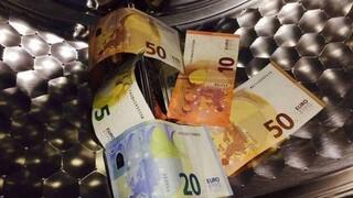 Μέσα σε 150 ημέρες η ΑΑΔΕ άνοιξε 158 υποθέσεις για ξέπλυμα χρήματος