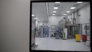 Κορωνοϊός: Τι έπαθε ο εθελοντής που έκανε το πειραματικό εμβόλιο της AstraZeneca