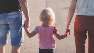 Επίδομα παιδιού: Πότε θα γίνει η πληρωμή της δ' δόσης