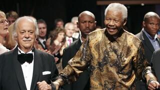Γιώργος Μπίζος: Πέθανε ο Έλληνας δικηγόρος του Μαντέλα που πάλεψε κατά του Απαρτχάιντ