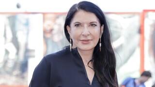 Μαρίνα Αμπράμοβιτς: «Για την αποξένωση φταίει η τεχνολογία, όχι ο κορωνοϊός»