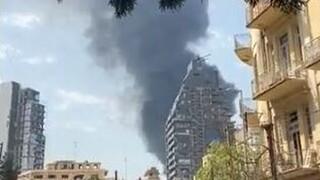 Μεγάλη φωτιά στο λιμάνι της Βηρυτού ένα μήνα μετά τη φονική έκρηξη