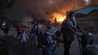 Φωτιές Μόρια: Μέσω facebook έδρασαν οι υποκινητές