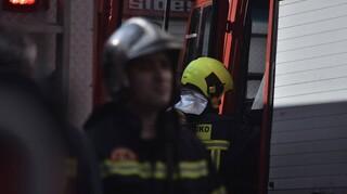 Τραγωδία στην Καλλιθέα: Νεκρός ηλικιωμένος μετά από φωτιά