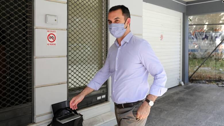 Επίθεση Χαρίτση κατά της κυβέρνησης για τους πλειστηριασμούς πρώτης κατοικίας