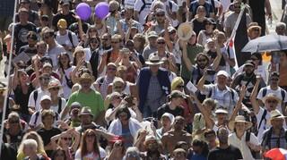 Κορωνοϊός – Πολωνία: Διαδήλωση κατά των μέτρων, των μασκών και των εμβολίων