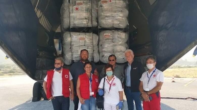 Παραλαβή από τον ΕΕΣ μεγάλης ανθρωπιστικής βοήθειας του Γερμανικού Ερυθρού Σταυρού