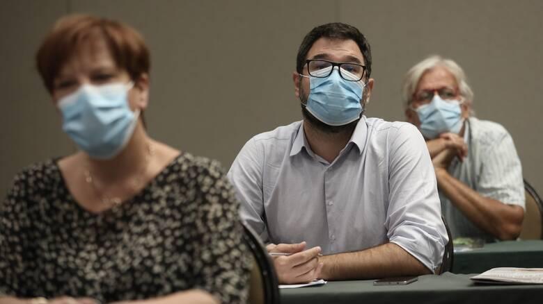 Ηλιόπουλος: Για γέλια και για κλάματα οι μάσκες της Κεραμέως