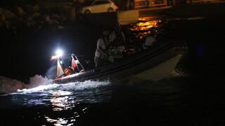 Δεκάδες πρόσφυγες και μετανάστες διασώθηκαν από το ναυάγιο στην Κρήτη