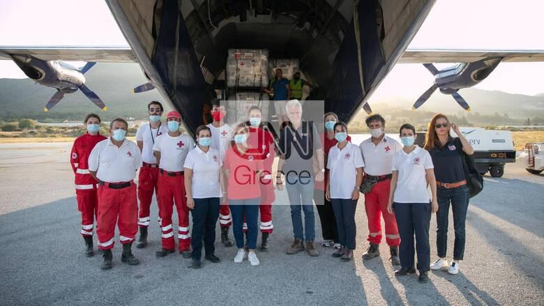 Πεντακόσιες σκηνές από τον Γερμανικό Ερυθρό Σταυρό στη Μυτιλήνη