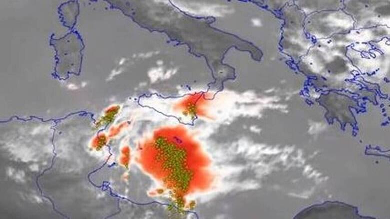 Μεσογειακός κυκλώνας: Τι είναι και πώς «απειλεί» τη χώρα μας