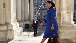 Βρετανία - Κορωνοϊός: Υπουργός ζητά από τους πολίτες να καταγγέλλουν το πάρτι του γείτονά τους