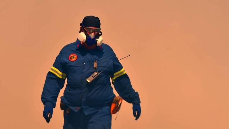 Δύσκολη νύχτα στον Έβρο: Πύρινο μέτωπο τριών χιλιομέτρων σε δύσβατη περιοχή
