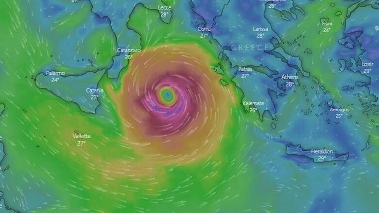 Επιφυλακή και συσκέψεις για τον «Ιανό»: Ο μεσογειακός κυκλώνας πλησιάζει τη Δυτική Ελλάδα