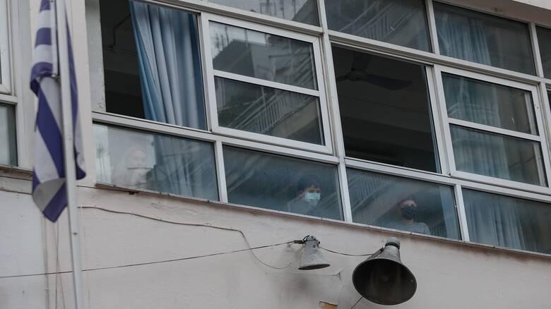 Κορωνοϊός: Κρούσμα σε σχολείο στη Γλυφάδα
