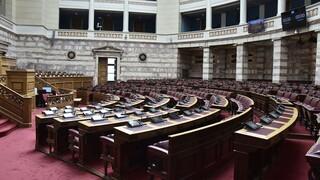 Μέσω κινητού τηλεφώνου, λάπτοπ ή τάμπλετ οι ψηφοφορίες στη Βουλή λόγω κορωνοϊού