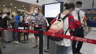 Κορωνοϊός – Κίνα: Η Γουχάν υποδέχθηκε την πρώτη διεθνή πτήση της