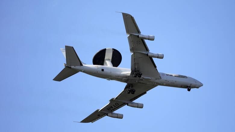 Κακοκαιρία «Ιανός»: Αεροπλάνο δεν μπόρεσε να προσγειωθεί στην Κεφαλονιά