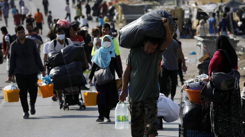 Κρουαζιερόπλοια για τη στέγαση των προσφύγων στη Μόρια;
