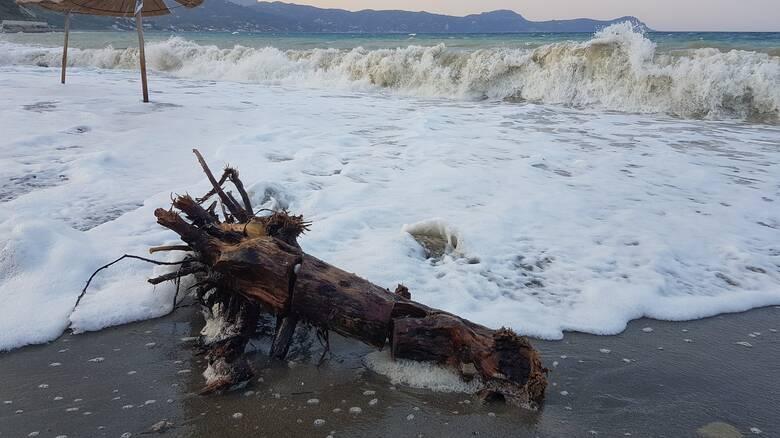 Κακοκαιρία «Ιανός»: 186 χιλιοστά βροχής στο Ιόνιο μέσα σε 32 ώρες
