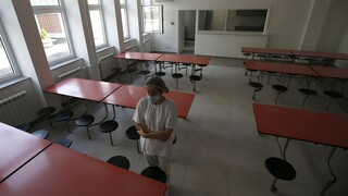 Κορωνοϊός - Σερβία: Φόβοι για διασπορά του ιού από το άνοιγμα των σχολείων