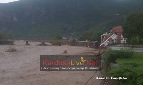 Κακοκαιρία «Ιανός»: Καρέ - καρέ οι καταστροφές στο Μουζάκι Καρδίτσας