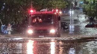 «Ιανός»: Συγκλονιστικά βίντεο από επιχειρήσεις διάσωσης των ΕΜΑΚ σε Βόλο και Καρδίτσα