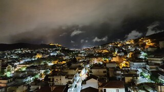 Κακοκαιρία Ιανός: «Σφυροκοπά» την Κρήτη - Προβλήματα στο νησί