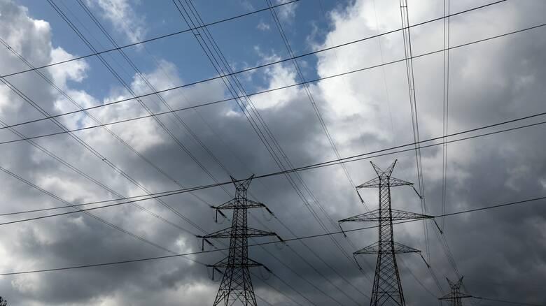 «Ιανός»: Επί ποδός ο ΔΕΔΔΗΕ για την αποκατάσταση της ηλεκτροδότησης σε Ιόνιο και Θεσσαλία