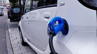 Κορωνοϊός: Οι προκλήσεις της ηλεκτροκίνησης των οχημάτων εν μέσω πανδημίας