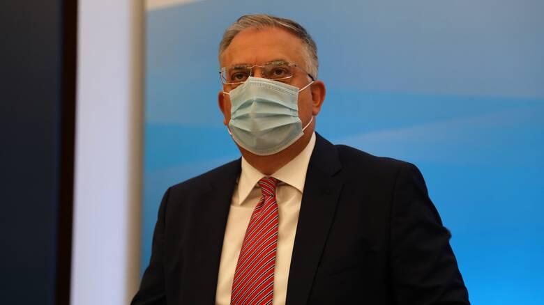 Θεοδωρικάκος: Επιστρέφει αύριο στο υπουργείο μετά την περιπέτεια με την υγεία του