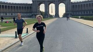 H πρόεδρος της Κομισιόν «γιορτάζει» την Ημέρα χωρίς Αυτοκίνητο κάνοντας τζόκινγκ