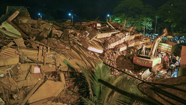 Ινδία: Τουλάχιστον 8 νεκροί από κατάρρευση πολυκατοικίας