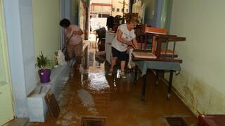 «Ιανός» - ΔΕΔΔΗΕ: Μάχη για την αποκατάσταση της ηλεκτροδότησης στις πληγείσες περιοχές