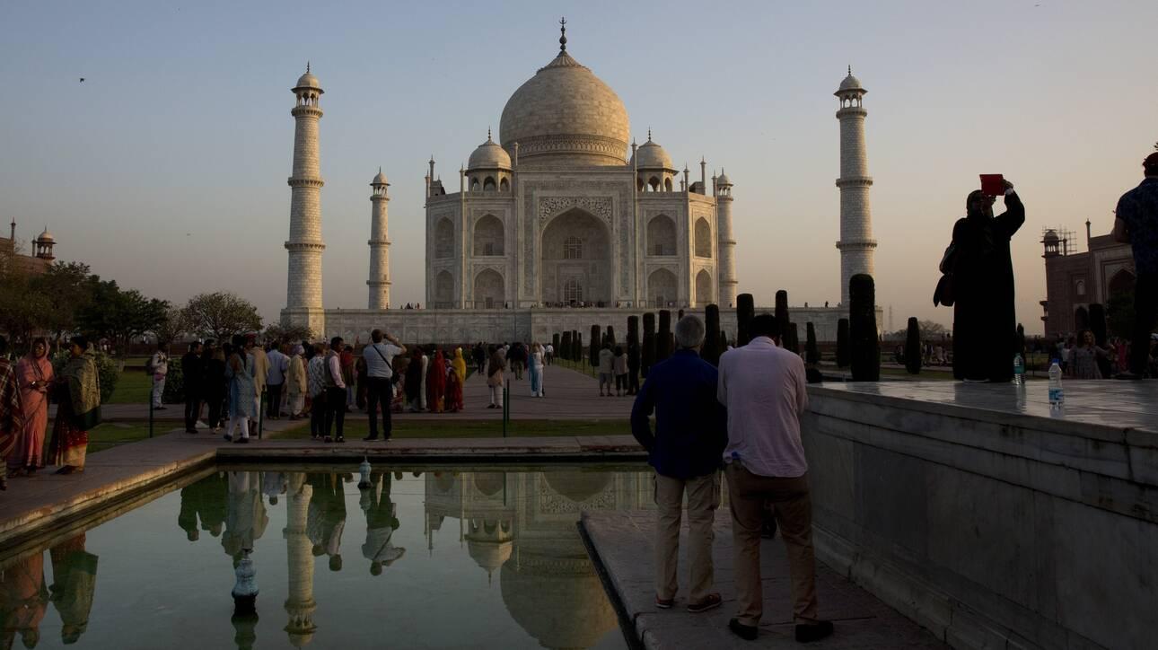 Ινδία: Ανοίγει σήμερα το Ταζ Μαχάλ, παρά τη συνεχή αύξηση των κρουσμάτων κορωνοϊού