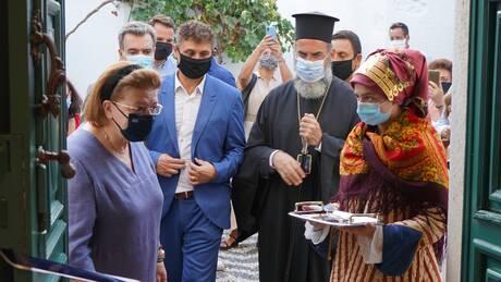 Σύμη: Η Λίνα Μενδώνη εγκαινίασε το ανακαινισμένο Διαχρονικό Μουσείο