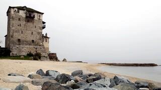 Κορωνοϊός: Τουλάχιστον οχτώ επιβεβαιωμένα κρούσματα σε μονή του Αγίου Όρους