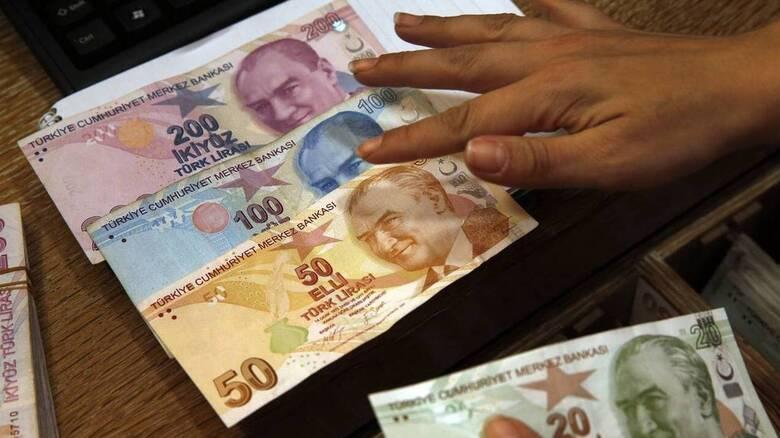 Τουρκία: Σε νέο ιστορικά χαμηλό επίπεδο υποχώρησε η λίρα