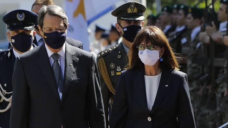 Σακελλαροπούλου: Είμαστε προσηλωμένοι στο διεθνές δίκαιο - Δεν θα υποκύψουμε, όμως, σε απειλές