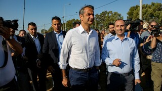 Στις πληγείσες περιοχές της Καρδίτσας ο πρωθυπουργός
