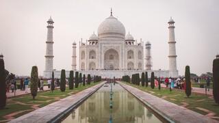 Ινδία: Το Ταζ Μαχάλ άνοιξε τις πύλες του παρά τα αυξημένα κρούσματα κορωνοϊού