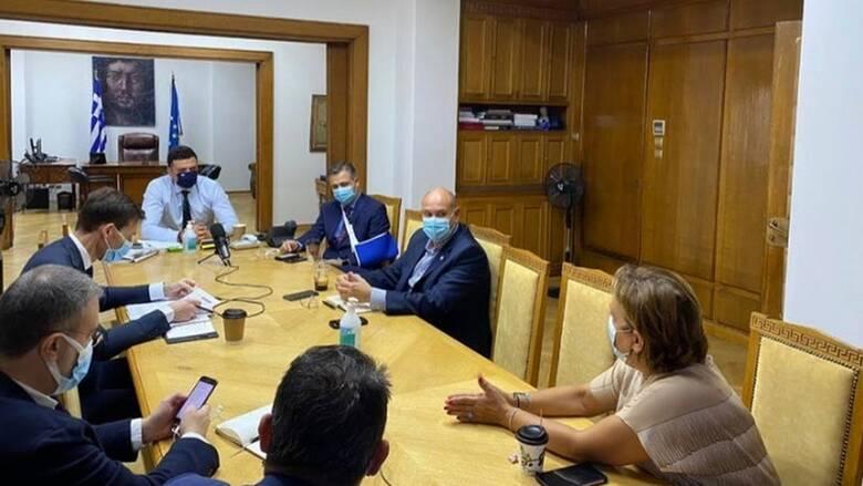 Σύσκεψη στο υπουργείο Υγείας για τις ΜΕΘ της Αττικής