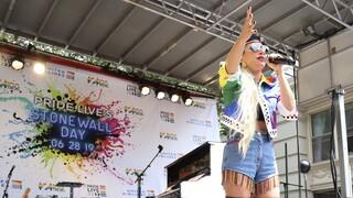 911: Το νέο βίντεο κλιπ της Lady Gaga διηγείται μια προσωπική ιστορία (vid)