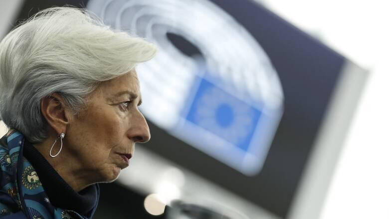 Reuters: Η ΕΚΤ εξετάζει την πώληση «κόκκινων» δανείων μέσω πλατφόρμας τύπου Amazon